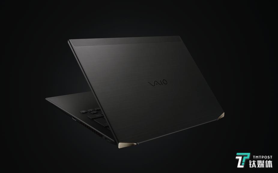 世界首款四面碳纤维笔记本电脑,VAIO Z正式发布 | 钛快讯