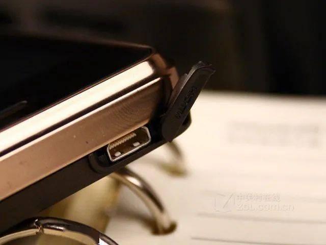 明明很好用为啥还是被淘汰?回顾智能手机中已经消失的设计