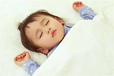 千万别把宝宝睡觉时突然大哭不当回事!!!  第3张