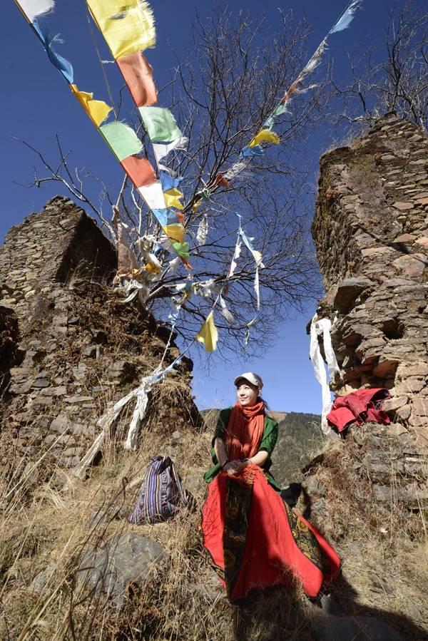 专访|格桑卓玛:整理《喜马拉雅童话》是我应有的使命  第5张