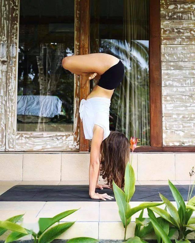 分享6个瑜伽变体,瘦腿又美臀,坚持练习打造臀腿黄金比例!_睡眠