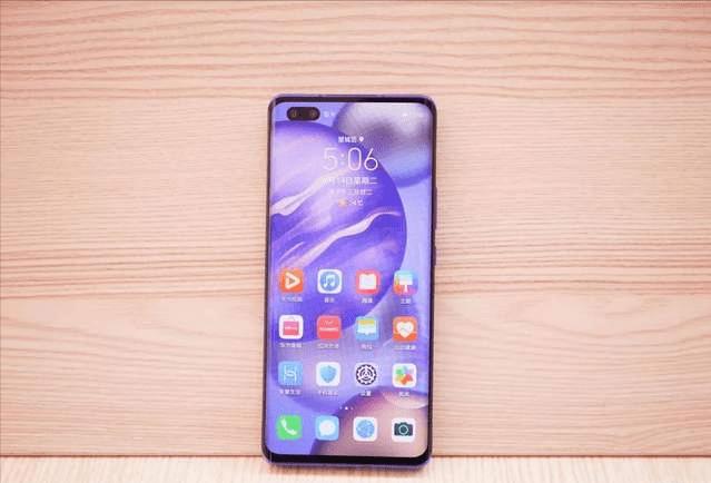 如今还坚持买荣耀手机的,一般都是哪些人?