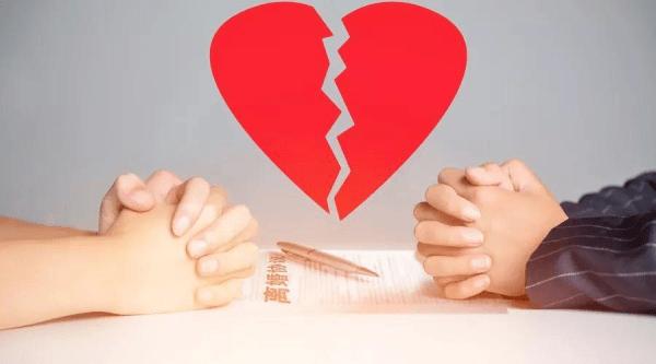 丈夫恋上网游CP,妻子怒提离婚!不料儿子一个电话,剧情逆转…