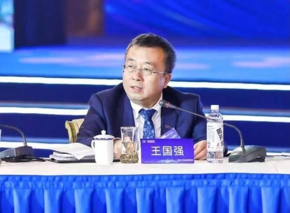 秦20岁退休,接任一汽集团董事、党委副书记