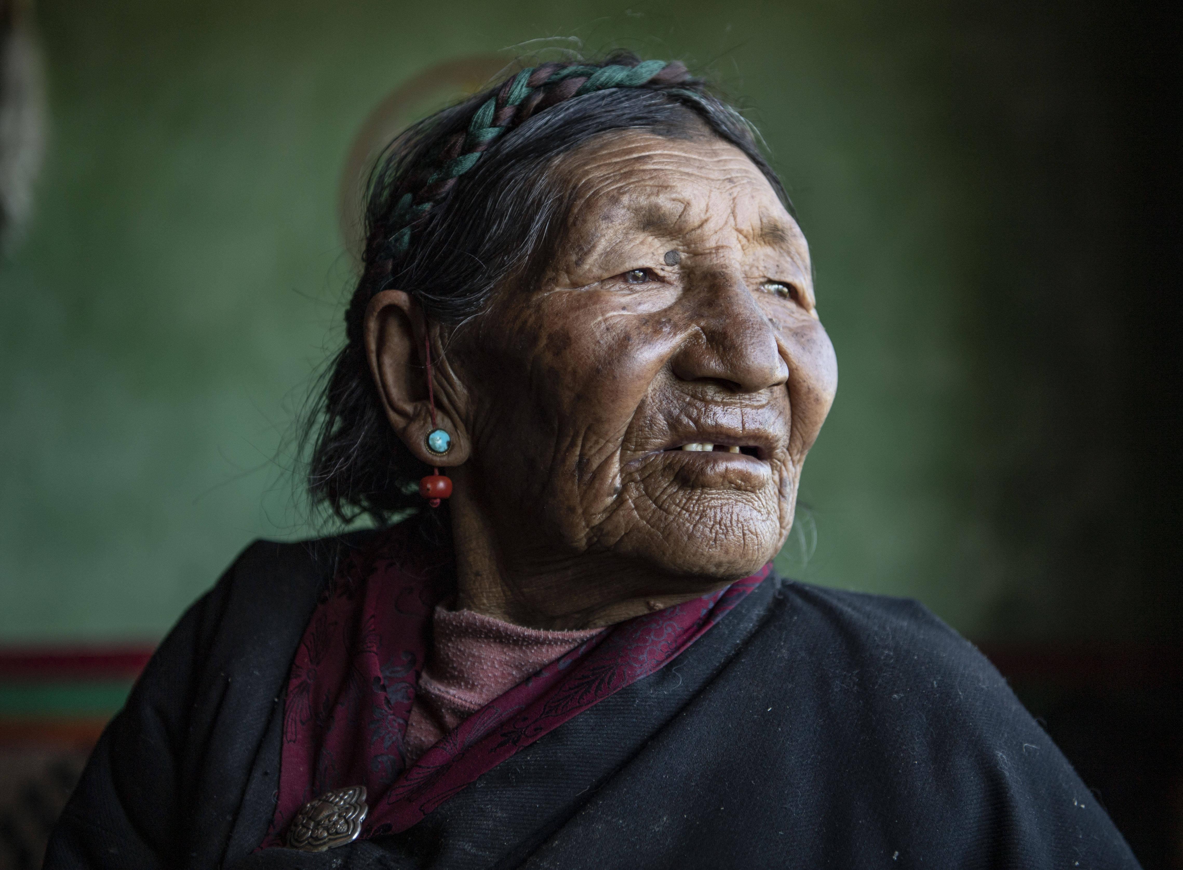 痛苦和新生儿——西藏自治区翻盘农奴影象档案资料:巴桑