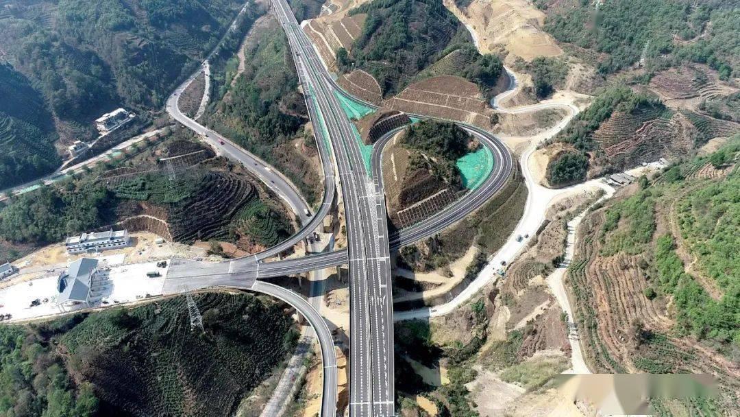 4月1日,云南这条高速公路即将通车收费!