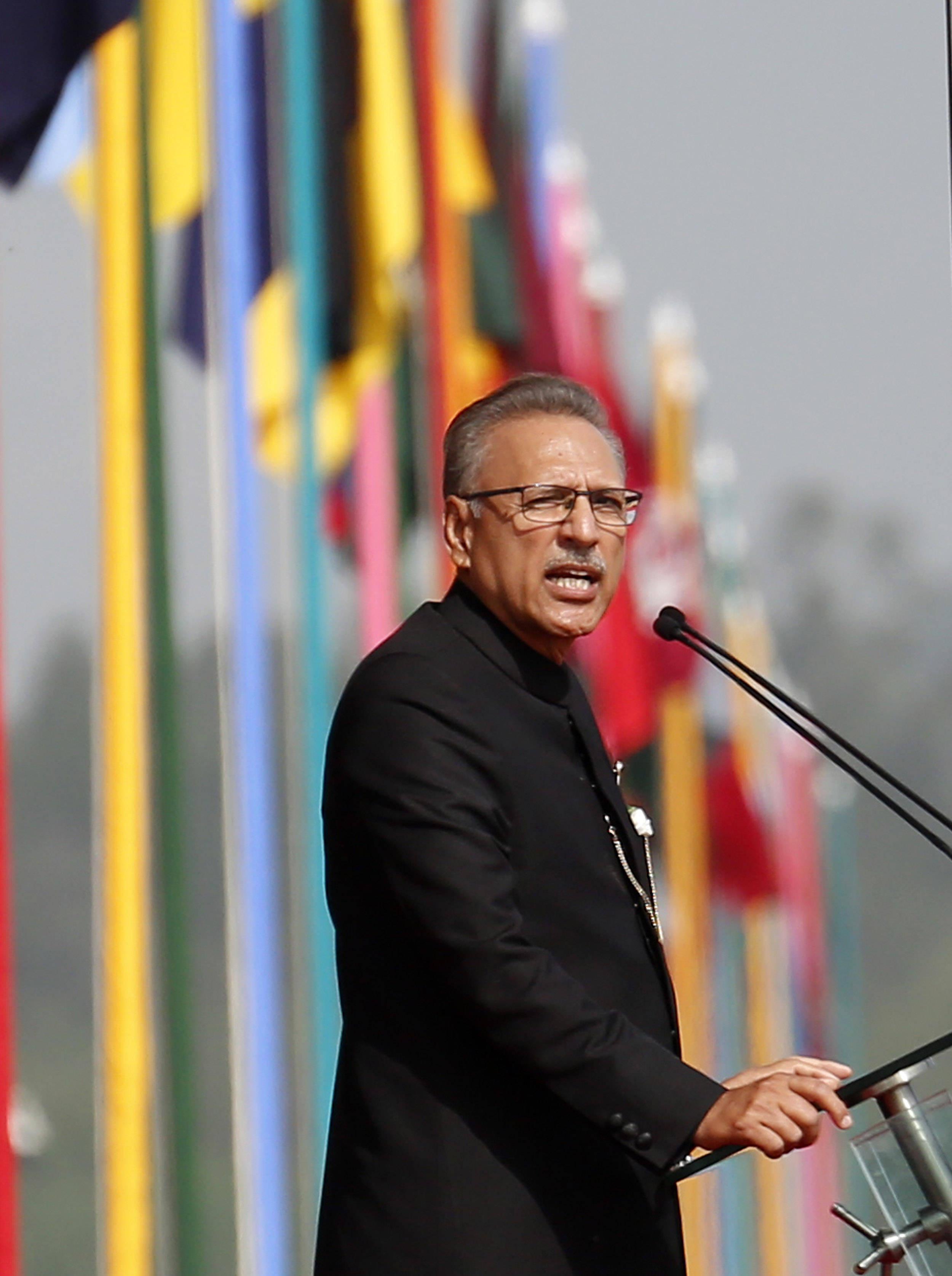 """巴基斯坦举行阅兵式庆祝""""巴基斯坦日"""""""