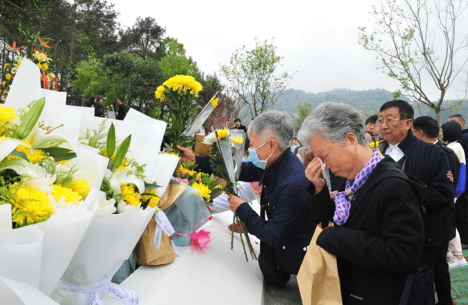 """清明前夕""""四川省人体器官捐献缅怀纪念园""""首次安放遗体捐献者骨灰"""