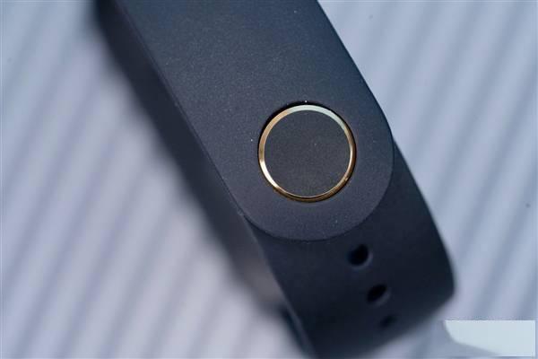 跑道全面屏!小米手环6首发图赏:显示面积增加50%的照片 - 12