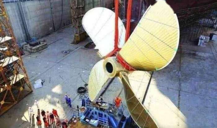 我国造出世界最大船用螺旋桨,4层楼高重480吨(图6)
