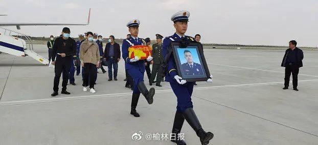 大红门火灾牺牲烈士陈刘飞回家,当地最高礼仪迎接!