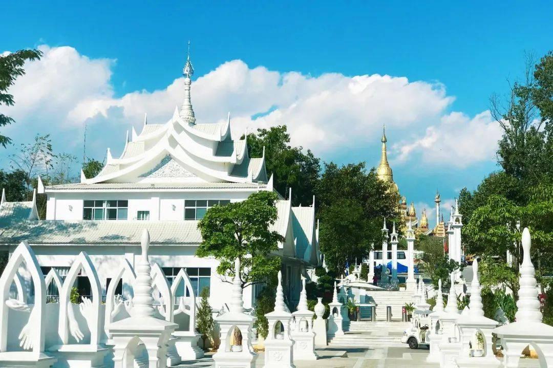 比西双版纳更像泰国,没有瑞丽人山人海