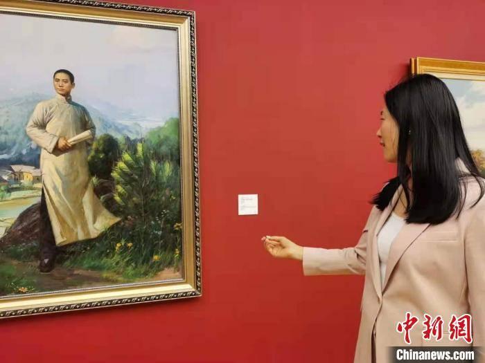 画作、手稿同台展出 回望中华民族百年勇敢与智慧插图(2)