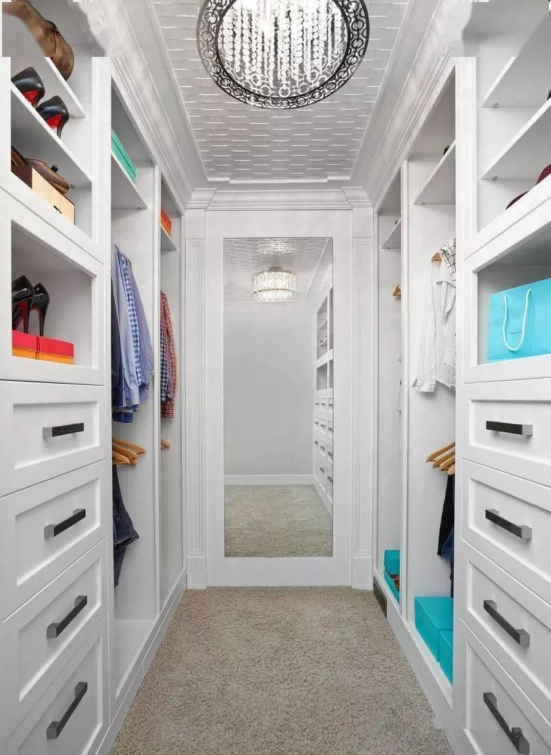 衣柜还是衣帽间,关于卧ag在线游戏室里的收纳,你筹划怎么做?