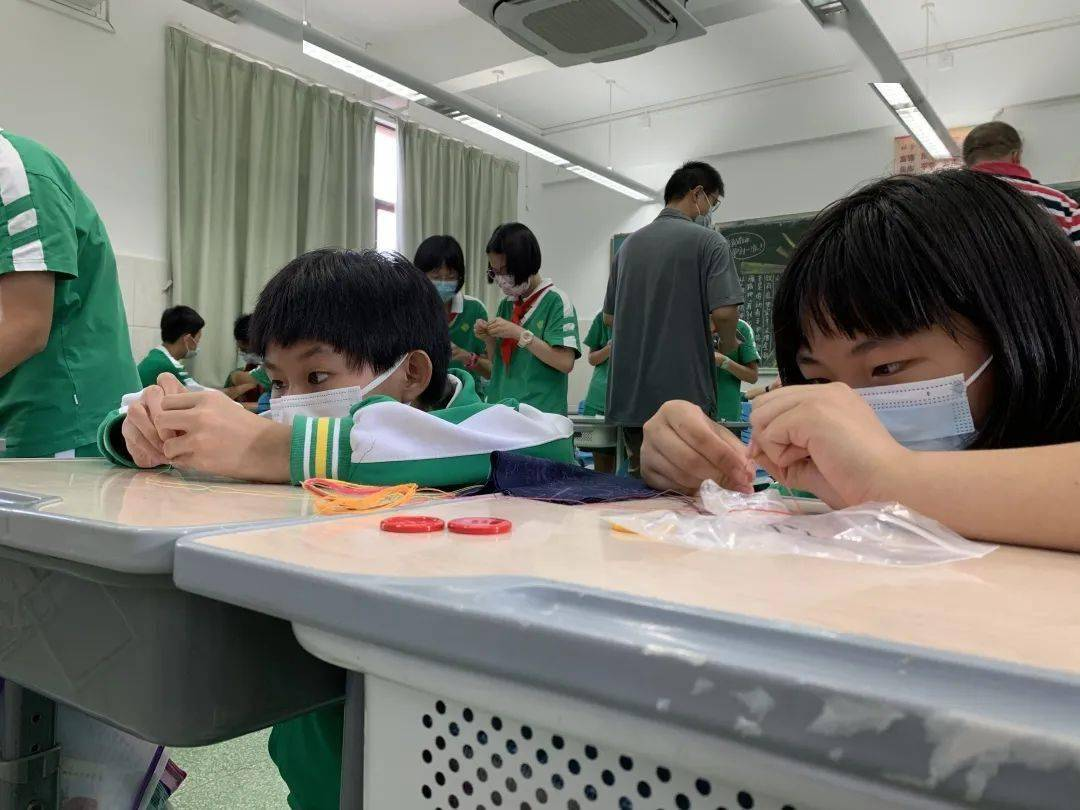 因为自己太忙拒绝了同学的举手之劳而被孤立,怎么办? 被同学孤立了怎么办