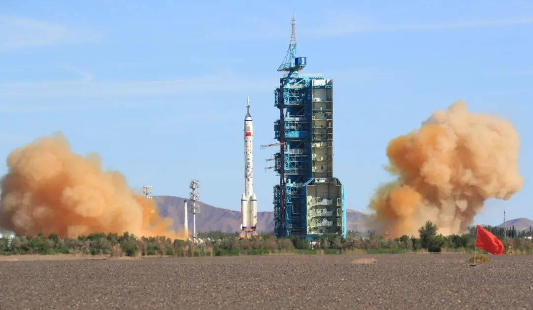 """致敬!这位肇庆人是我国第一代航天人,曾参加""""两弹一星""""任务"""