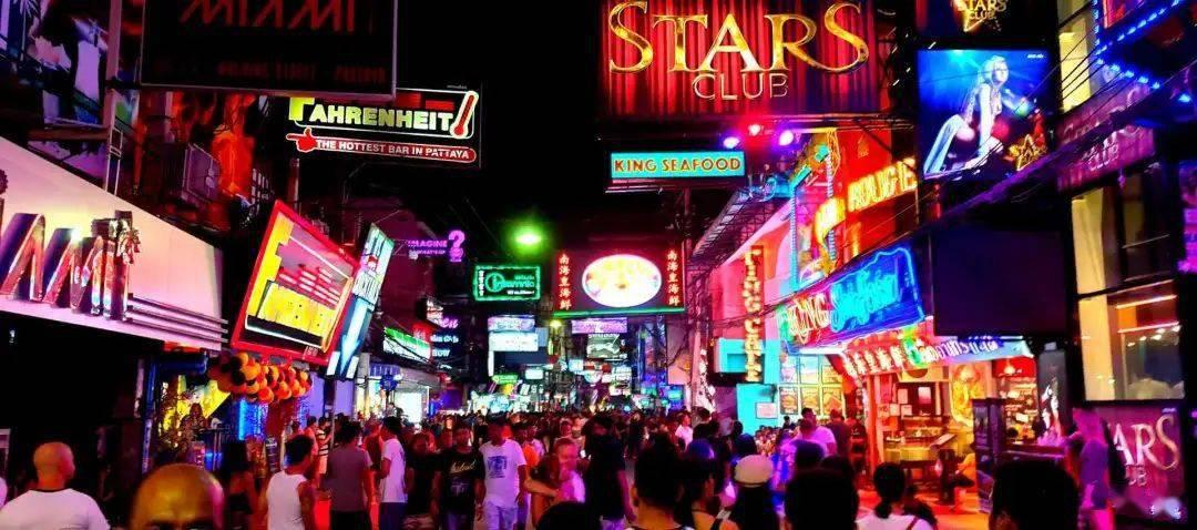 东南亚是屌丝老外们的狂欢天堂