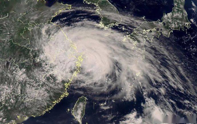 """紧急!台风""""烟花""""已登陆!海水倒灌,整村转移..."""