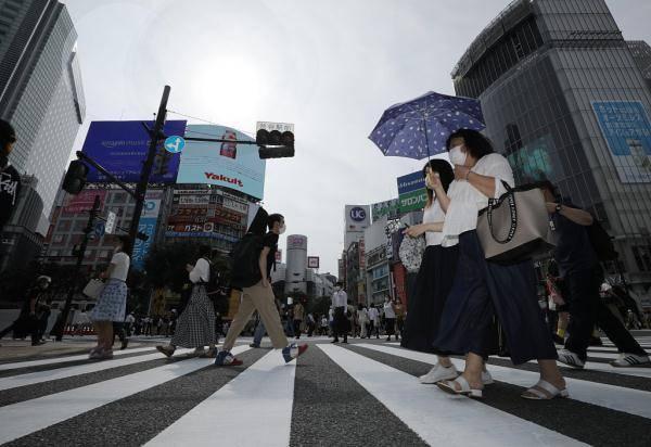 日本持续酷暑天气 多地高温超39摄氏度
