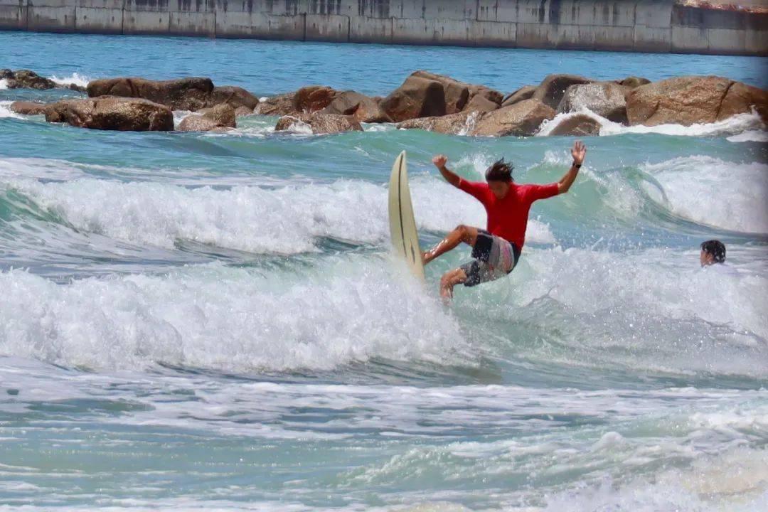 全运会冲浪赛决赛开赛在即 海南代表队2名万宁本土运动员进入决赛