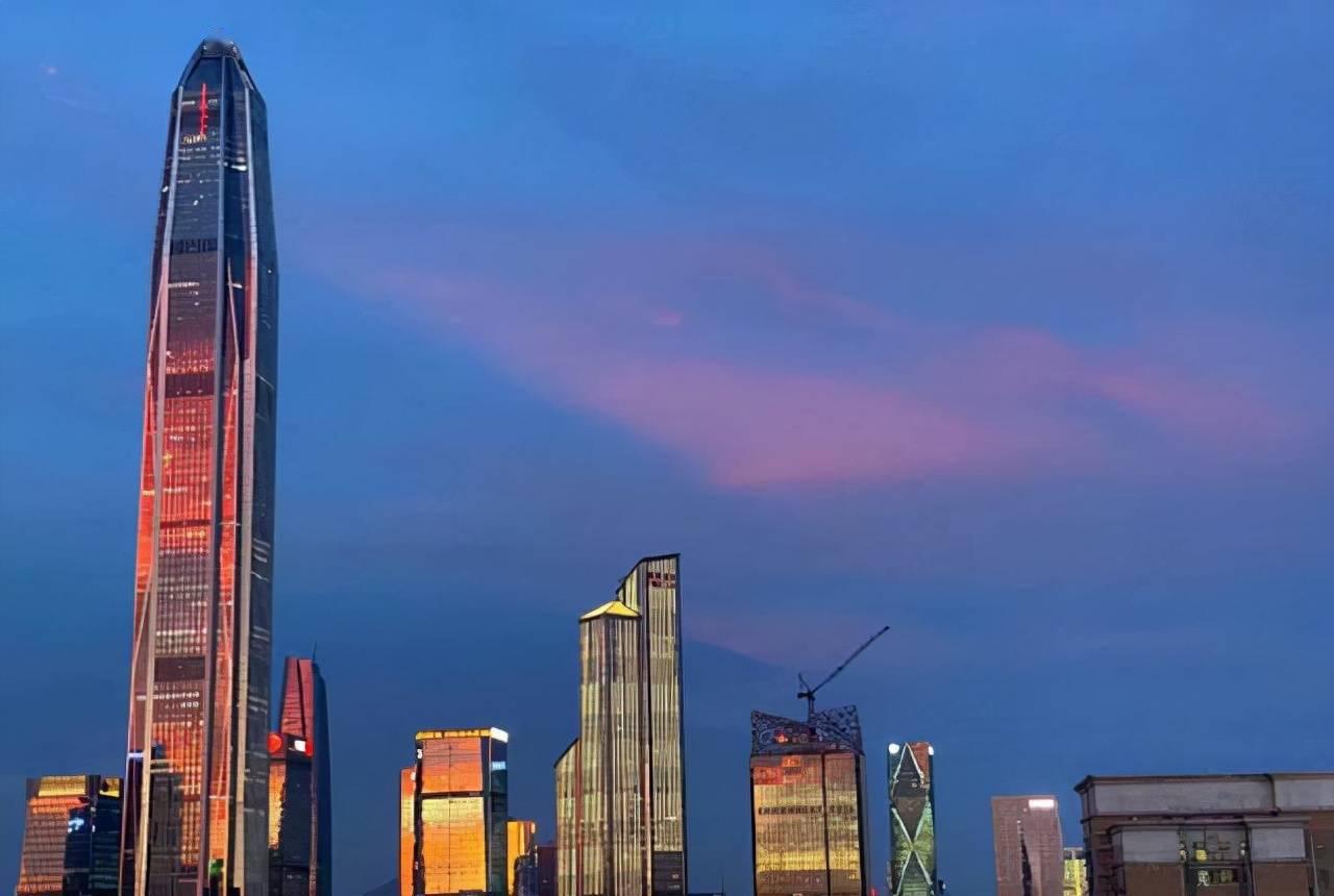 中国常住人口最多的省_中国人口最多的省份,前两名接近2000万,省内剩余19城表