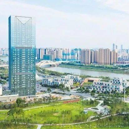 长沙:一江两岸 大城绽放