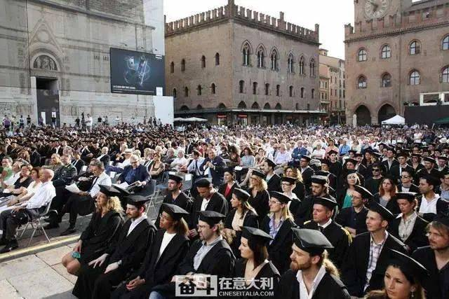 QS排名:意大利这14所大学毕业生更容易找到工作