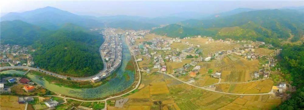 河源市紫金县:插上城乡交通运输一体化的翅膀