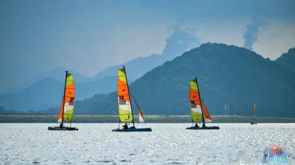 中国家庭帆船赛宁波湾站开幕