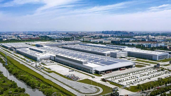 蔚来成功开发免热处理大型压铸件材料;沃尔沃收购吉利路桥工厂
